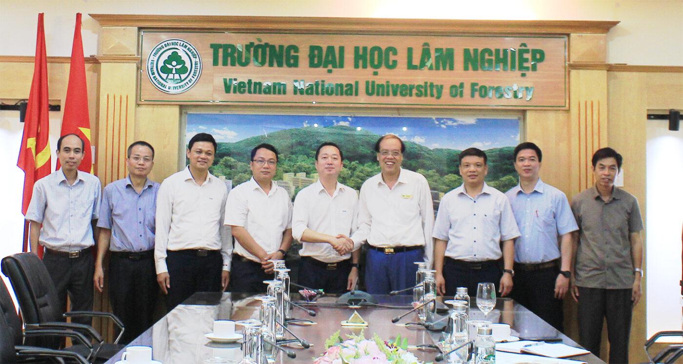 Trường Đại học Lâm nghiệp hợp tác với Trường Cao đẳng Cơ điện Hà Nội