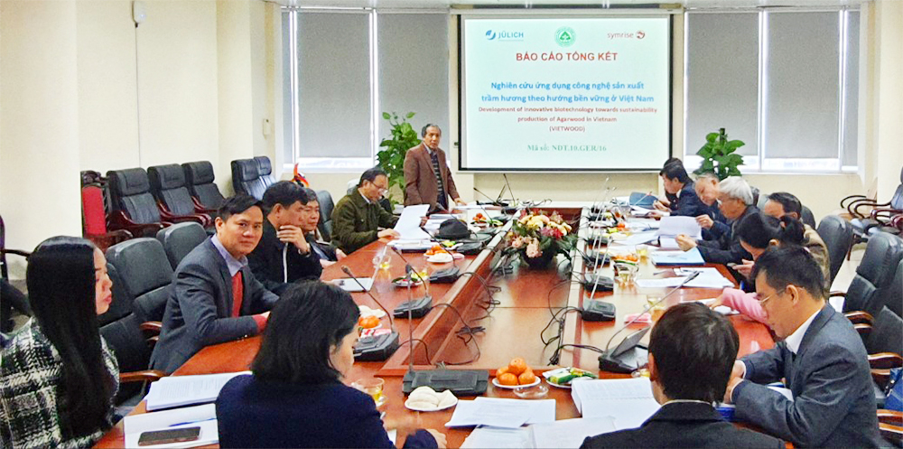 """Nghiệm thu cấp Nhà nước nhiệm vụ khoa học và công nghệ Nghị định thư Hợp tác quốc tế """"Nghiên cứu ứng dụng công nghệ sản xuất trầm hương theo hướng bền vững ở Việt Nam"""""""