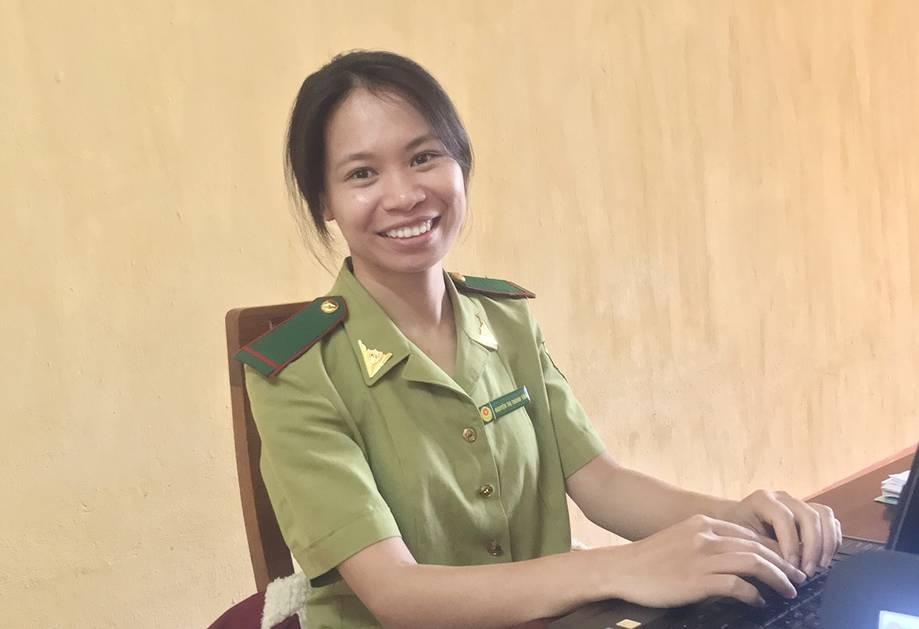 Nữ kiểm lâm giành học bổng du học sau hàng chục lần trượt